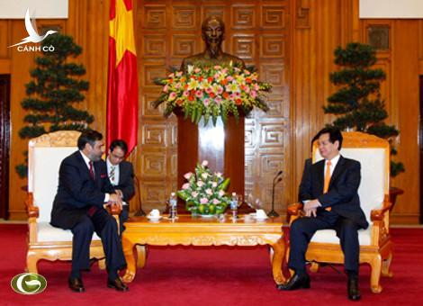 PM Nguyen Tan Dung receives Indian Minister of Commerce, Industry and Textiles Anand Sharma