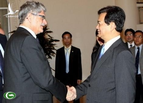 PM Nguyen Tan Dung receives President of Danish Parliament Morgens Lykketoft