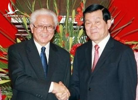President Truong Tan Sang receives his Singaporean counterpart, Tony Tan Keng Yam