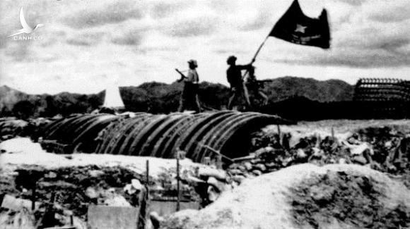 Vietminh flag flying over french position (of General de Castries) may 07, 1954 during final assault of the battle of Dien Bien Phu