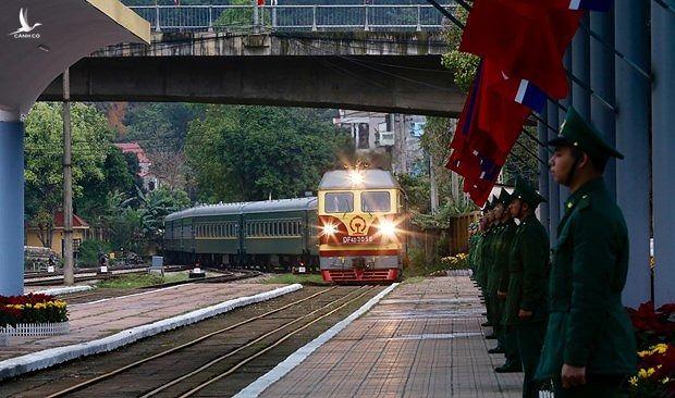 Đoàn tàu bọc thép của Triều Tiên đã vào ga Đồng Đăng, Việt Nam ( 02/03/2019).