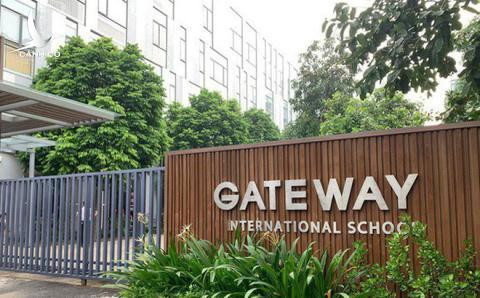 Bat ngo loi khang dinh cua nguoi dua don tre truong Gateway