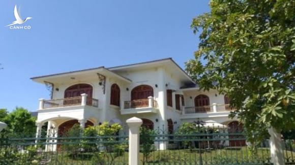Lô đất A51-A52 tại khu phố mới Tân Thạnh, TP Tam Kỳ đã được vợ chồng bà Nguyễn Thị Ánh xây dựng biệt thự sau khi mua lại
