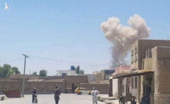 Đánh bom khu vực vận động tranh cử tổng thống Afghanistan, 24 người thiệt mạng - ảnh 1