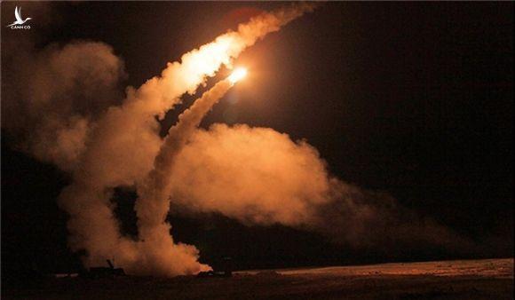 Gia đình tên lửa SAM: Kế hoạch bắn hạ F-35, F-22 Mỹ của Nga - Ảnh 6.