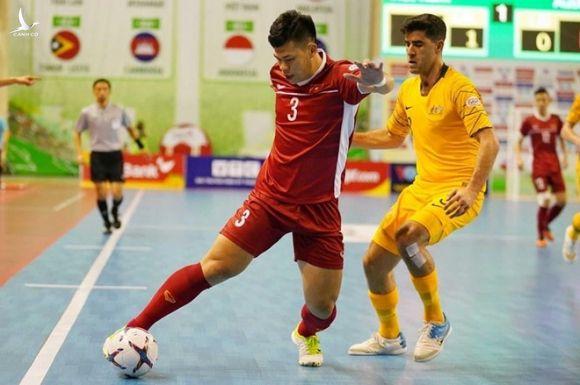 Tuyen futsal Viet Nam thang thuyet phuc Australia 2-0 hinh anh 1