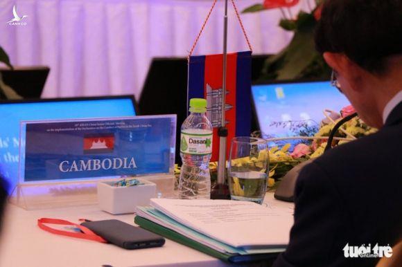 Việt Nam chất vấn Trung Quốc trong hội nghị ASEAN - Ảnh 2.