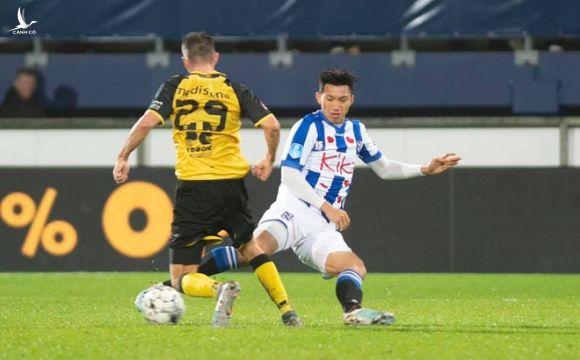 Truyền thông Indonesia mỉa mai màn ra mắt của Văn Hậu tại Heerenveen