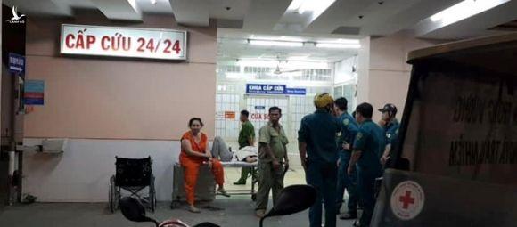 Bệnh nhân nghi nổ súng tự sát tại khoa Cấp cứu Bệnh viện Trưng Vương - ảnh 5