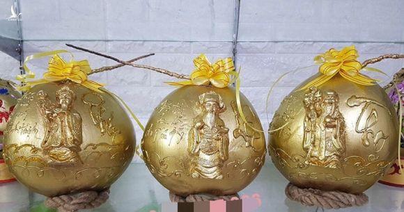'Phật Di Lặc' hiện hình trên quả dừa, quá lạ giữa mùa Tết này