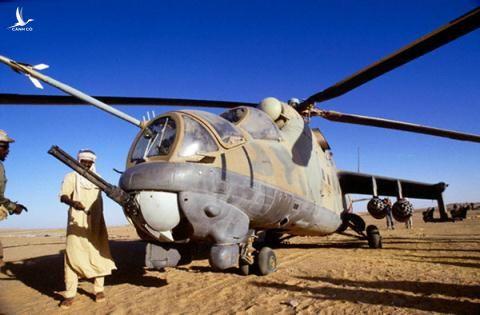 Lat laivu CIA trom thanh cong truc thang Mi-25