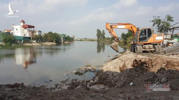Thanh Oai vội vàng cưỡng chế, phạt cho tồn tại công trình lấn sông, lấp hồ