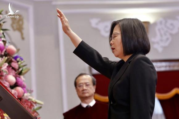 Bà Thái Anh Văn tuyên thệ nhậm chức, không chấp nhận một quốc gia, hai chế độ - Ảnh 1.