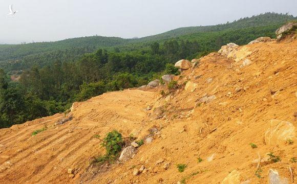 Vụ ủi đất, phá đá ngay dưới chân đập thuỷ lợi Trà Cân: Vì sao chưa công bố kết quả kiểm tra?