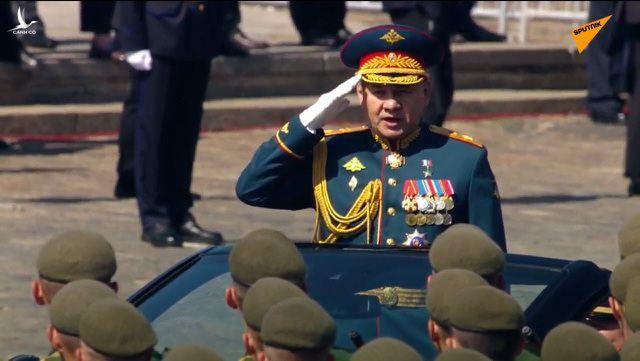 TRỰC TIẾP: Nga duyệt binh rầm rộ mừng Ngày Chiến thắng - Ảnh 1.