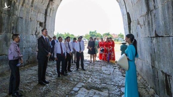 Đại sứ Mỹ tại Việt Nam: 'Là đối tác tin cậy, chúng ta sẽ cùng nhau thịnhvượng' - ảnh 1