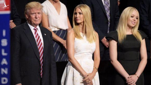 Con gái út ông Trump ủng hộ phong trào chống phân biệt chủng tộc - Ảnh 4.