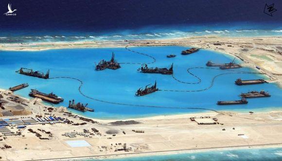 Tuyên bố của Trung Quốc sau khi bị Mỹ bác yêu sách ở Biển Đông là ngụy biện - Ảnh 1.