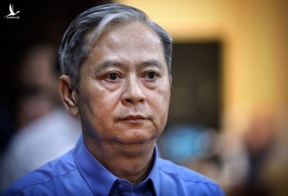 Ông Nguyễn Hữu Tín bị tuyên phạt 7 năm tù hồi cuối năm 2019 do sai phạm trong việc giao đất công sản cho Phan Văn Anh Vũ. Ảnh: Hữu Khoa.