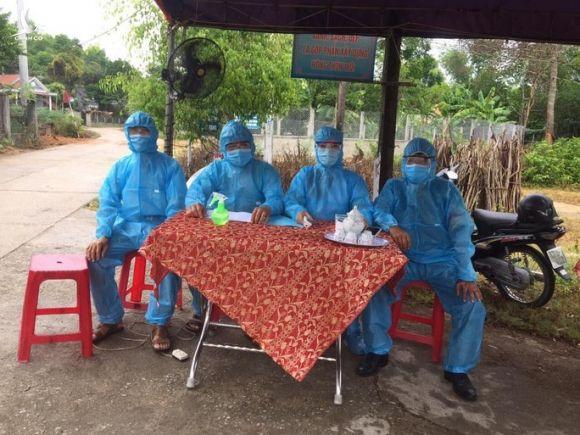 Choáng với lịch trình 5 nữ bệnh nhân Covid-19 mới ở Quảng Nam - Ảnh 2.