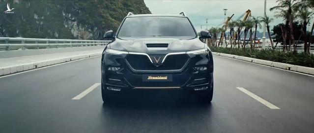 VinFast President với nhiều điểm nhấn trên thân xe