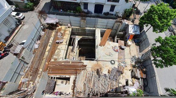 Công trình xây dựng nhà ở tại ngõ 15, phố Sơn Tây, P.Điện Biên, Q.Ba Đình, Hà Nội /// Ảnh Lê Quân