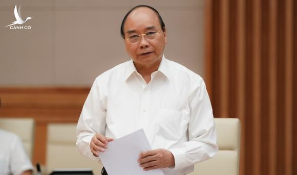 Thủ tướng Nguyễn Xuân Phúc phát biểu tại cuộc làm việc của Ban cán sự Đảng Chính phủ với Ban thường vụ Thành uỷ TP HCM. Ảnh: Quang Hiếu