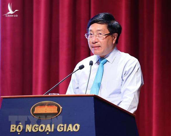 Phó thủ tướng Phạm Bình Minh: Việt Nam đối mặt thách thức an ninh biển đảo - Ảnh 1.