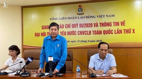 Phó chủ tịch Tổng LĐLĐVN cho biết, sau xử lý kỷ luật đảng sẽ xử lý về mặt chính quyền đối với ông Lê Vinh Danh /// Ảnh T.Hằng
