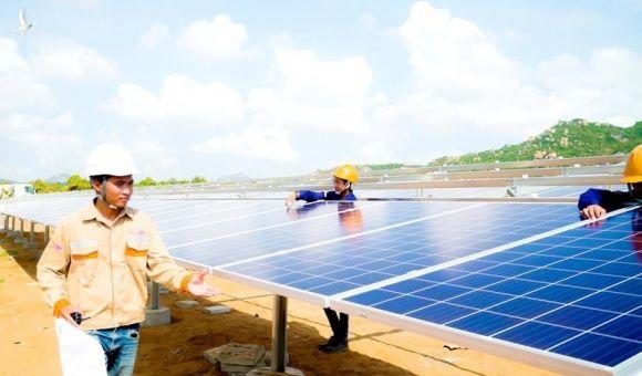 Bộ Công Thương sẽ thí điểm mua điện mặt trời giá thấp - ảnh 2