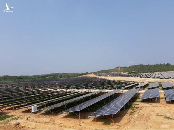 Bộ Công Thương sẽ thí điểm mua điện mặt trời giá thấp - ảnh 1