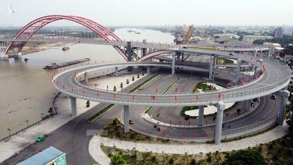 Cận cảnh cây cầu 'Cánh chim biển' của thành phố Hải Phòng - ảnh 2