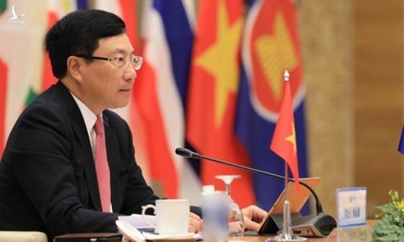 Phó thủ tướng, Bộ trưởng Ngoại giao Phạm Bình Minh tại Hội nghị Bộ trưởng Ngoại giao ASEAN ở Hà Nội sáng 10/11. Ảnh: Asean2020.