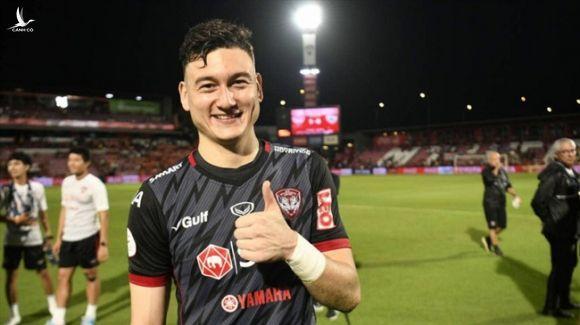 CLB Nhật Bản hỏi mua thủ môn Đặng Văn Lâm với giá 1 triệu USD - Ảnh 1.