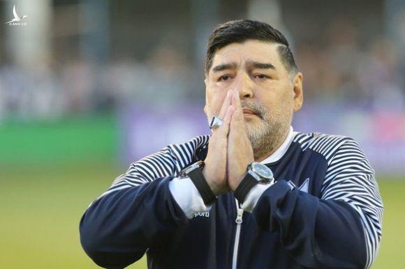 11 người con của Maradona tranh chấp tài sản 100 triệu USD - Ảnh 1.