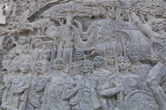 Đắk Nông hoàn thành tượng đài bằng đá gần 70 tỷ đồng - 3