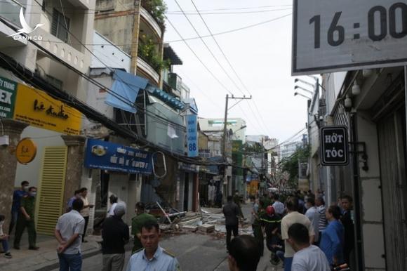 Công an xác định rò rỉ gas gây nổ căn nhà ở quận Phú Nhuận - Ảnh 1.