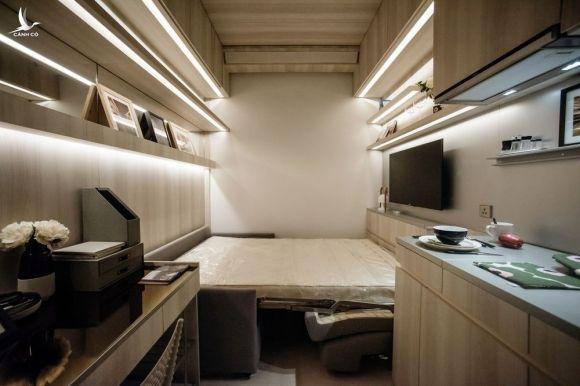 Nội thất bên trong một căn hộ tý hon ở Hong Kong. Ảnh: Bloomberg.