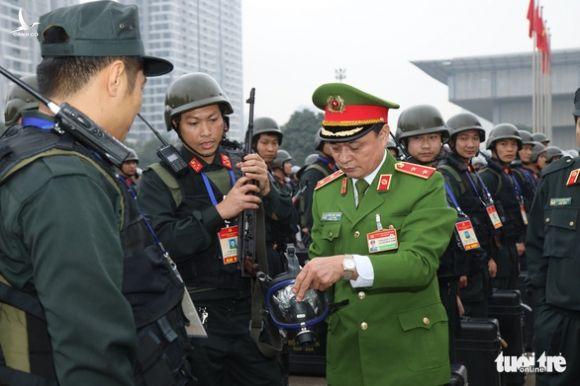 Cảnh sát cơ động sẵn sàng bảo vệ, phục vụ Đại hội Đảng XIII - Ảnh 2.