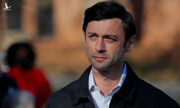 Jon Ossoff tại Georgia ngày 5/1. Ảnh: Reuters.