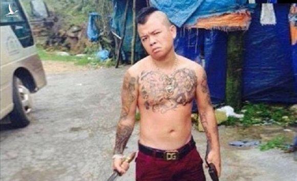 'Thánh chửi' Dương Minh Tuyền bị bắn ở Hải Dương - 1