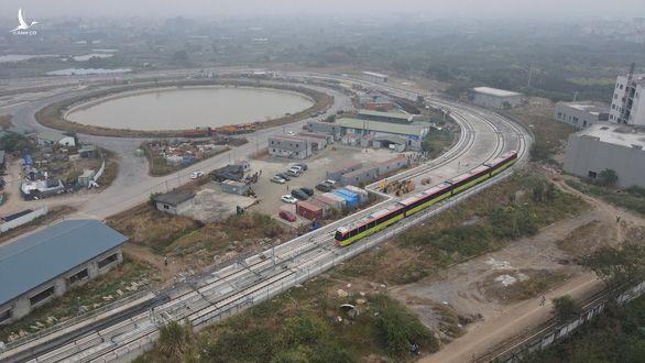 Chạy thử đoàn tàu đầu tiên của tuyến metro Nhổn - ga Hà Nội - Ảnh 4.