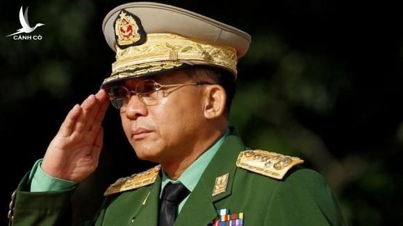 Tổng tư lệnh quân đội Myanmar Min Aung Hlaing sẽ nắm toàn bộ quyền lập pháp, hành pháp và tư pháp trong thời gian tình trạng khẩn cấp /// Reuters