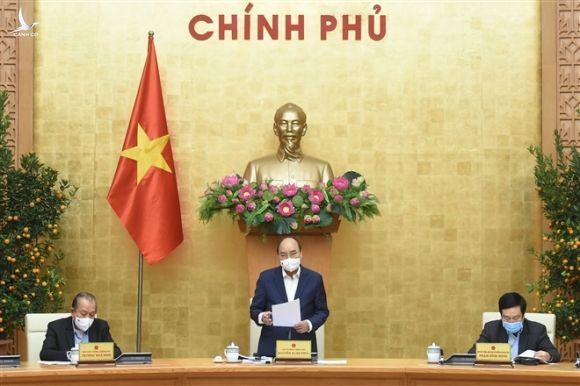 Thủ tướng Nguyễn Xuân Phúc: Kinh tế tư nhân đang phát triển rất nhanh - 1