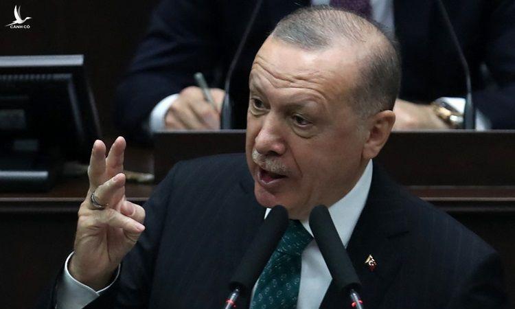Tổng thống Thổ Nhĩ Kỳ Recep Tayyip Erdogan phát biểu tại quốc hội hôm 10/2.