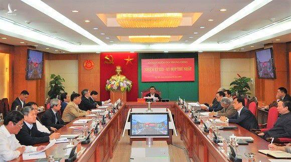 Bầu các Phó Chủ nhiệm Ủy ban Kiểm tra Trung ương và phân công nhiệm vụ các thành viên - Ảnh 1.