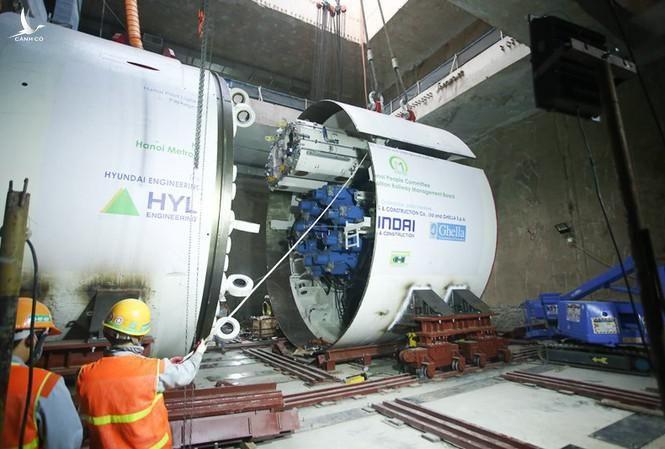 Robot đào hầm thứ nhất metro tại Hà Nội đã hoàn thành việc chạy kỹ thuật.