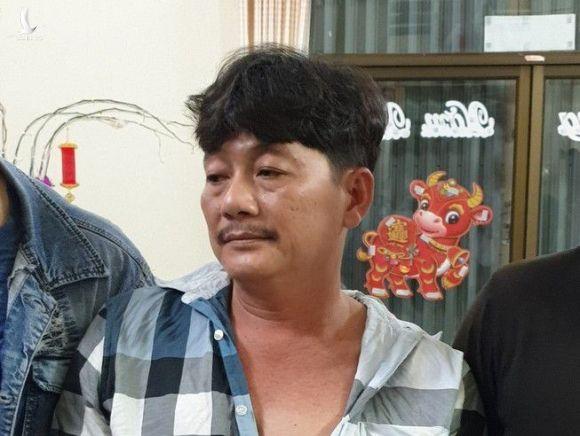 Ông 'trùm xã hội đen' Chín Xuân bị bắt vào tối 26.3 /// ẢNH CÔNG AN CUNG CẤP