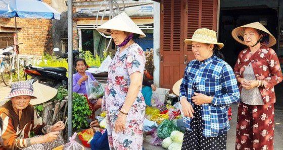 Vụ gần 400 người ở Bình Định bị ngộ độc: Đơn vị cung cấp nước lần đầu lên tiếng - Ảnh 3.
