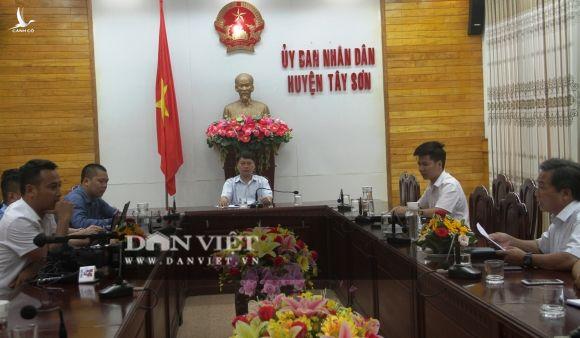 """Vụ gần 400 người ở Bình Định bị ngộ độc: Chủ tịch huyện kiến nghị """"nóng"""" tìm nguyên nhân - Ảnh 2."""